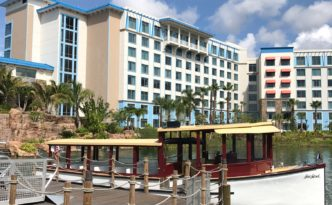 Loews Sapphire Falls Resort Hotel Room Review at Universal Orlando Resort