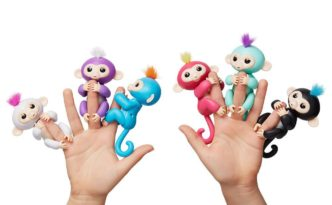 Fingerlings toys